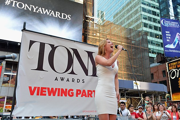 2013 Tony Awards Times Square Simulcast