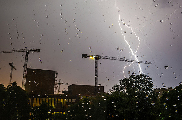 Lightning, Raindrops and Construction