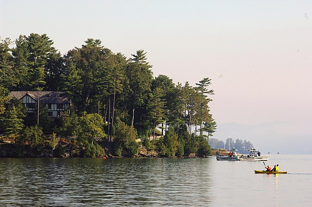Tour Boat Capsizes On Lake, Killing 20